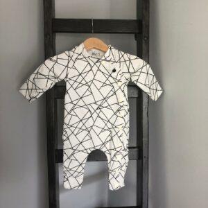 boxpak, wit met zwarte lijnen maat 50-56