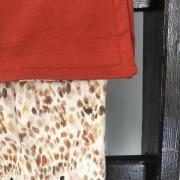 roest shirt met vlekjes legging